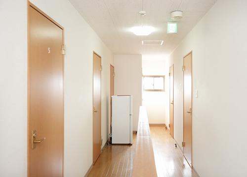 民宿 OUGIYA 走廊
